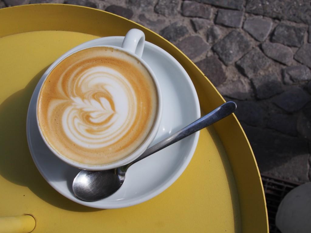 Der Flat-White-Kaffee